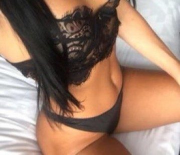 Toronto Escort Petite Adult Entertainer in Canada, Adult Service Provider, Escort and Companion.