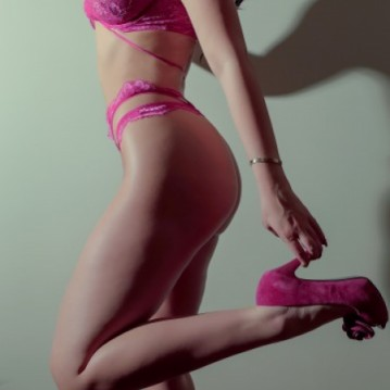 Ottawa Escort VanessaRivera Adult Entertainer, Adult Service Provider, Escort and Companion.