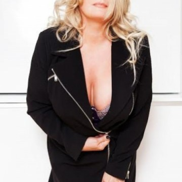Montreal Escort EmmaAlexandra Adult Entertainer, Adult Service Provider, Escort and Companion.