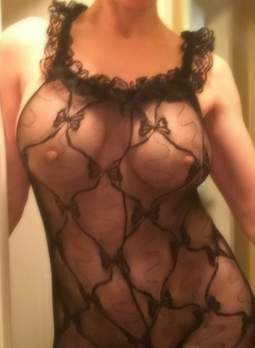 Halifax Escort cristy Adult Entertainer in Canada, Female Adult Service Provider, Canadian Escort and Companion.
