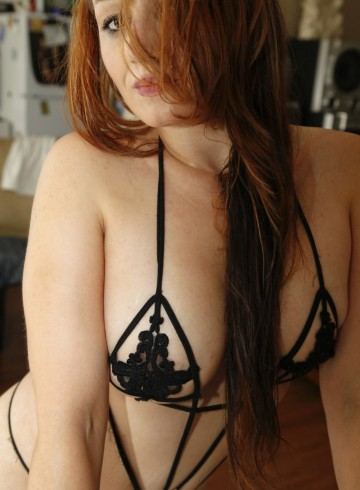 Vancouver Escort Skylaxoxo Adult Entertainer in Canada, Female Adult Service Provider, Escort and Companion.