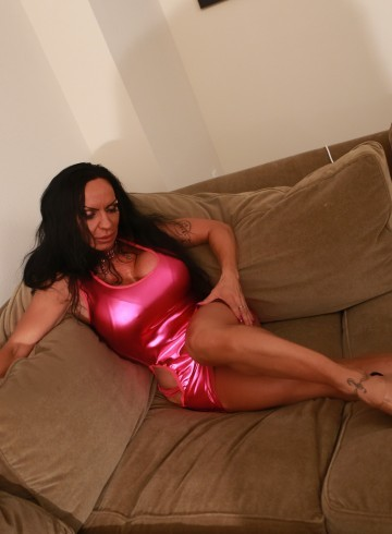 Toronto Escort SparksFly Adult Entertainer in Canada, Female Adult Service Provider, Escort and Companion.